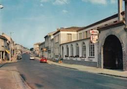 79 - CERIZAY / RUE PRINCIPALE - HOTEL DU CHEVAL BLANC - Cerizay