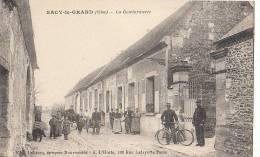 60  SACY Le GRAND  Animation Devant La GENDARMERIE Nationale GENDARMES Vélo - Francia