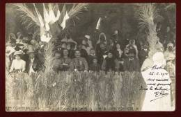 Cpa Carte Photo D' Algérie Biskra Aux Courses Dans La Tribune  RAM1 - Biskra
