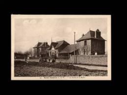 22 - SAINT-SAMSON - Les Ecoles Et La Mairie - 49 - Autres Communes