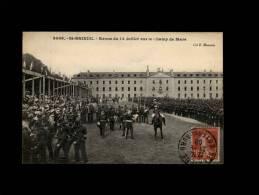 22 - SAINT-BRIEUC - Revue Du 14 Juillet Sur Le Champ De Mars - 3098 - Saint-Brieuc