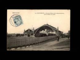 22 - SAINT-BRIEUC - Gare Des Chemins De Fer Départementaux, Près Le Palais De Justice - 611 - Saint-Brieuc