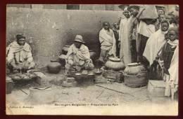 Cpa Madagascar  Boulangers Malgaches Préparant Du Pain   RAM3 - Madagascar