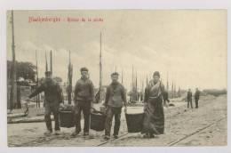 BLANKENBERGHE - BLANKENBERGE : Retour De La Pêche, 1909 - Pêcheurs Et Pêcheuse *f5117 - Blankenberge