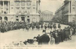 Roi Et Reine D'Italie à Paris : Le Départ, Cortège. Victor Emmanuel II. Dos Simple. 2 Scans - Eventos
