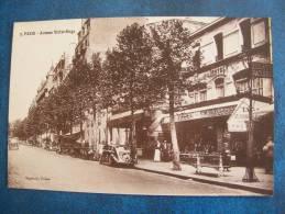 CPA...75008 PARIS..AVENUE VICTOR HUGO..VOITURES....NON ECRIT - Distrito: 08