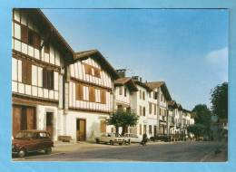 CP - Autos Anciennes- Renault 4-64 Pyrénées Atlantiques - - Turismo