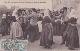 CPA 29 @ Plougastel Daoulas @ Mariage - Le Bal De La Gavotte @ Danse - Costumes Bretons - Plougastel-Daoulas