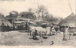 Guinée Bissau - Guinée Portugaise Village Foulacoun -TTB Neuve  Vie Paysanne La Traite - Guinea-Bissau