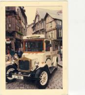 CPSM -   22 - DINAN  -  Photo  JP Fequet -    Ancienne  Voiture -  écrite En  1989  - TBE - - Dinan