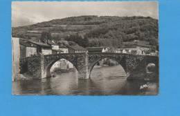 """81 BRASSAC : Le Pont Vieux N°106  """"APA-POUX"""" - Brassac"""