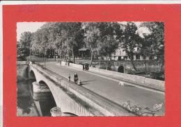 12 VILLEFRANCHE De ROUERGUE Cpsm Animée Le Pont Neuf        5 Artaud - Villefranche De Rouergue