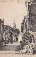D�p. 02 - SOISSONS. - Les Ruines de la Grande Guerre. Circul�e 1920. Anim�e. LL n� 528