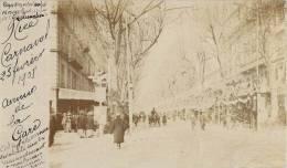 CARTE PHOTO : NICE LE CARNAVAL DE 1908 RUE ANIMEE ET DECOREE 06 - Karneval