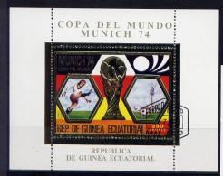 Guinée - Bloc Feuillet OR - Coupe Du Monde De Football 1974 Munich - Coppa Del Mondo