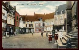 Cpa Du 28  Illiers Un Coin De La Place     PONT6 - Francia