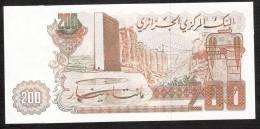 ALGERIA   P135   200  DINARS   1983    UNC. - Algeria