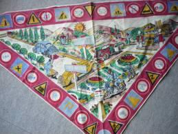 Rare  Ancien  Foulard  Tissu -- Theme  Code De La Route  -- Collection - Organizations