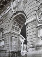 Languedoc , Roussillon , Montpellier , L'arc De Triomphe , Héliogravure De 1968 - Documents Historiques