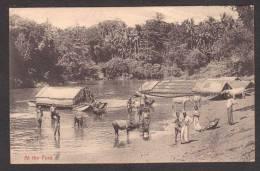 SR30) Ceylon - Ferries And People At The Ford - Sri Lanka (Ceylon)
