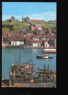 CPM Non écrite Royaume Uni WHITBY The Harbour And Abbey  Le  Port Et L'Abbaye - Whitby