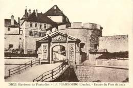 LE FRAMBOURG : Entrée Du Fort De Joux. 2 Scans. Edition CLB - Autres Communes