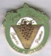 Cognac Pineau Guy Videau. Ile D'Oleron - Boissons