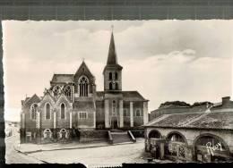 CPSM   GESTE    L'église Et Un Coin Du Village - Autres Communes