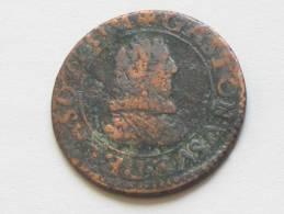 Double Tournois à Identifier  . - 987-1789 Monnaies Royales
