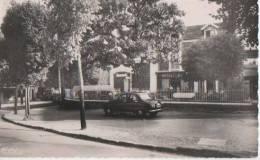 .PONTHIERRY ( Hotel De La Gare ) - France
