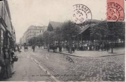LEVALLOIS PERRET - Place Du Marché Et Rue Carnot - Levallois Perret