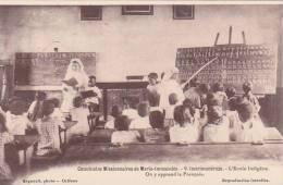 Madagascar Imerimandrozo L'Ecole Indigene Catechistes Missionaires De Marie Immaculee - Madagascar