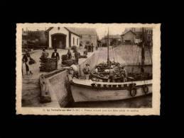 44 - LA TURBALLE - Pinasse Arrivant Avec Une Belle Pêche De Sardines - 55 - La Turballe