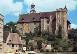 (D)  03.  ) MONTLUCON Le Chateau Des Ducs De Bourbon XVés.voitures Citroene Jaune... - Montlucon