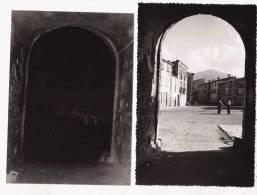 SOREDE (PYRENEES ORIENTALES) CARTE PHOTO PLACE AVEC HOMMES DISCUTANT (AVEC NEGATIF) - France