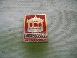 Pin´s Du Musikiosque De GERARDMER - Unclassified