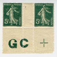 N° 137k Paire De Carnet Avec Manchette GC En Partie Attachée. - France
