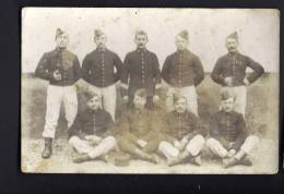 CPA CARTE PHOTO REGIMENT - Groupe De Soldats N° 96 Sur Col 224 Sur Uniforme - Regiments