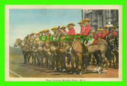 POLICE - TROUPS, ROYAL CANADIAN MOUNTED POLICE ON THEIR HORSES - PECO - - Police - Gendarmerie