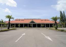 Chumpon Airport Thailand Collectors Postcard - Aerodromi