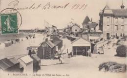 PORNICHET. La Plage Et L'hotel Des Bains - Pornichet