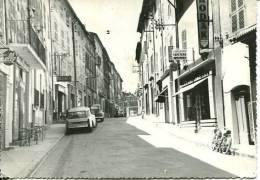 N°23843 GF-cpsm Carces -rue Maréchal Foch- - France
