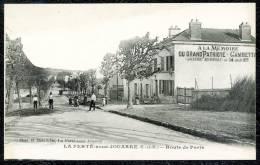 """CPA. La Ferté-sous-Jouarre. Route De Paris.  """"...GAMBETTA..."""" - La Ferte Sous Jouarre"""