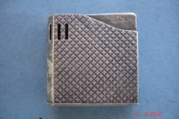 Briquett Maruman Halley Metal Argente 1970 - Other