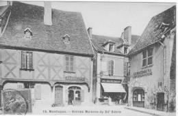 03 MONTLUCON, Vieilles Maisons Du XIIéme Siécle,commerce, Petite Animation - Montlucon