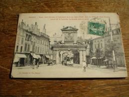 CPA De Nancy (Meurthe Et Moselle) - Porte Saint Nicolas, à L'extrémité De La Rue Saint-Dizier, Tramway - Nancy