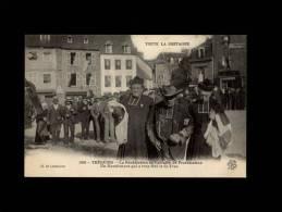 22 - TREGUIER - La Bénédiction Du Calvaire De Protestation - Un Manifestant Qui A Trop Fêté La St-Yves - 1199 - Tréguier
