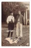 Carte Photo - Deux Soldats Posent ( 5eme Régiment De Chasseurs D´afrique, Zouave ?) (alger, Datée 1911) - Uniformes
