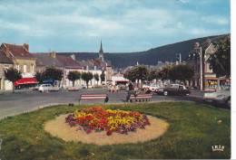 20761 FUMAY ( 08 France) PLACE ARISTIDE BRIAND - CPSM La Cigogne -vieille Voiture DS Citroen ! Pliure ! - Voitures De Tourisme