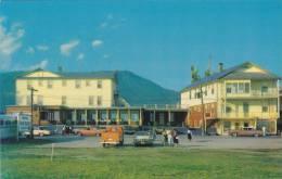Hotel De La Baie Bleue , Carleton-Sur-Mer , Quebec, Canada , 50-60s - Non Classés